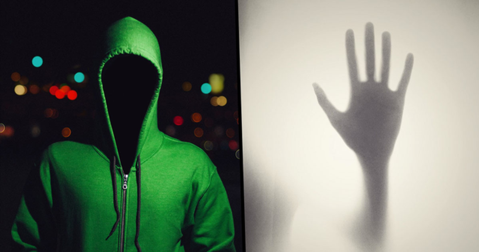 These Two-Sentence Horror Stories Are Terrifying