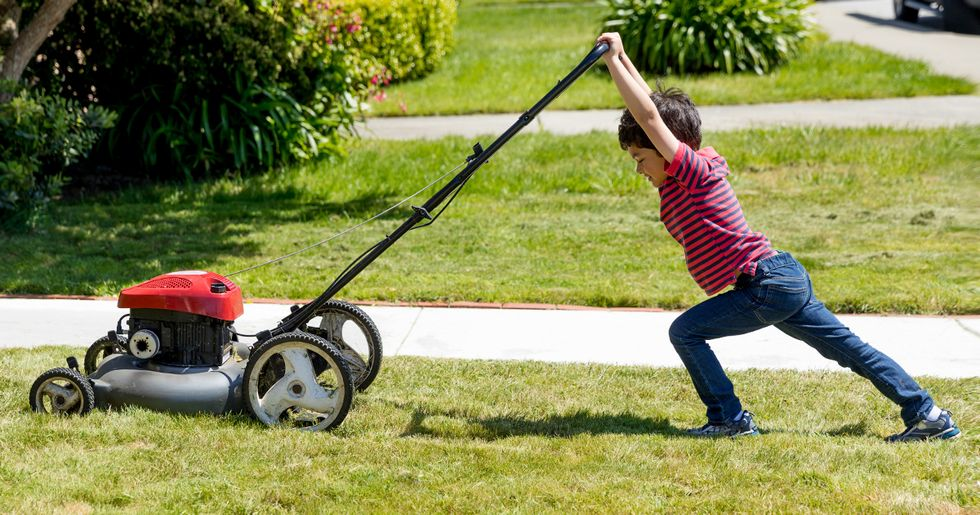 This is Why Kids Who Do Chores Grow up to Be More Successful Adults