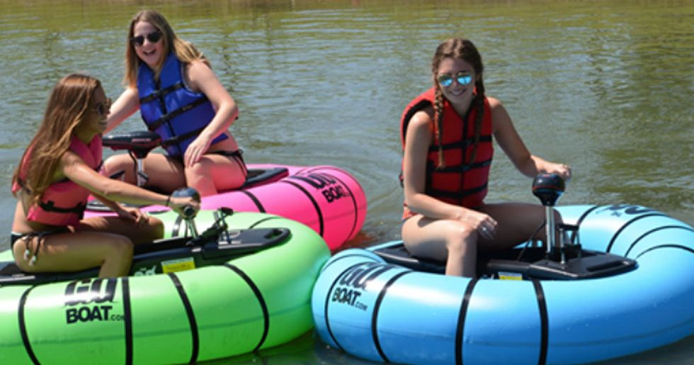 Motorized Float Lets You Play Bumper Cars in Any Body of Water