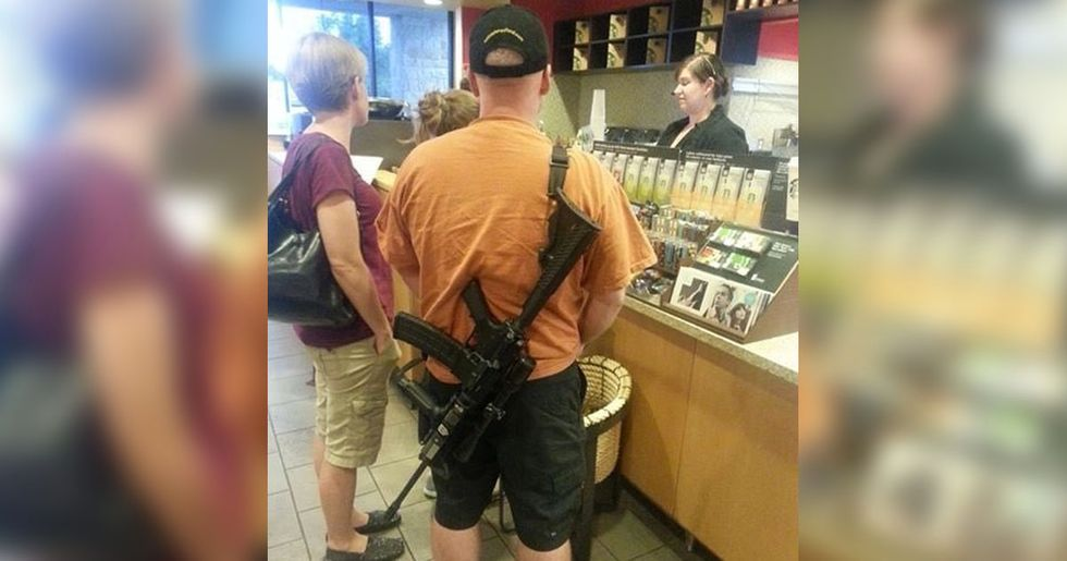 Man Brings Assault Rifle into Starbucks and the Internet Responded in the Best Way