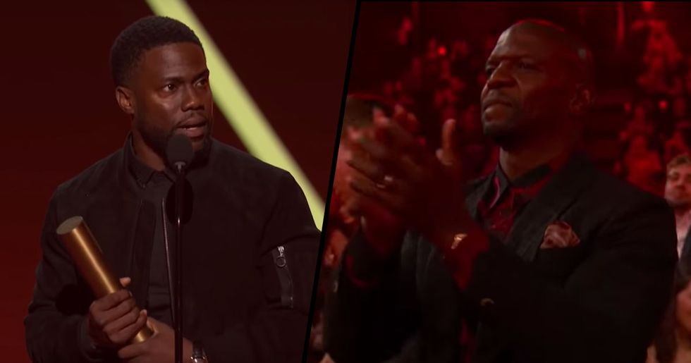 Kevin Hart Gets Standing Ovation at People's Choice Awards
