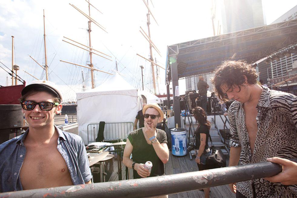 Fun in the Sun: Scenes From the 4Knots Festival