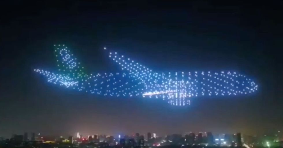 Unbelievable 'Ghost Planes' Created by 800 Drones at Chinese Air Show