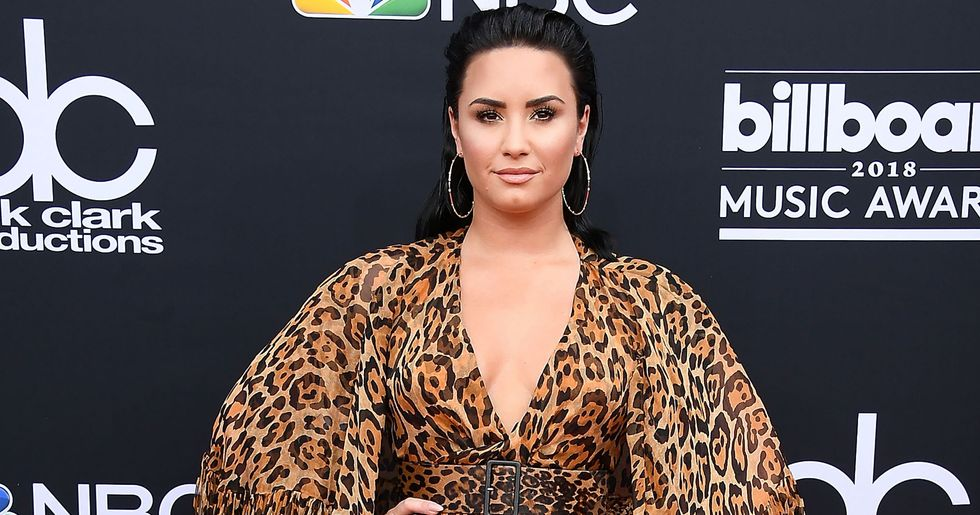 Demi Lovato Posted Baby Bump Pic and Fans Are Freaking Out