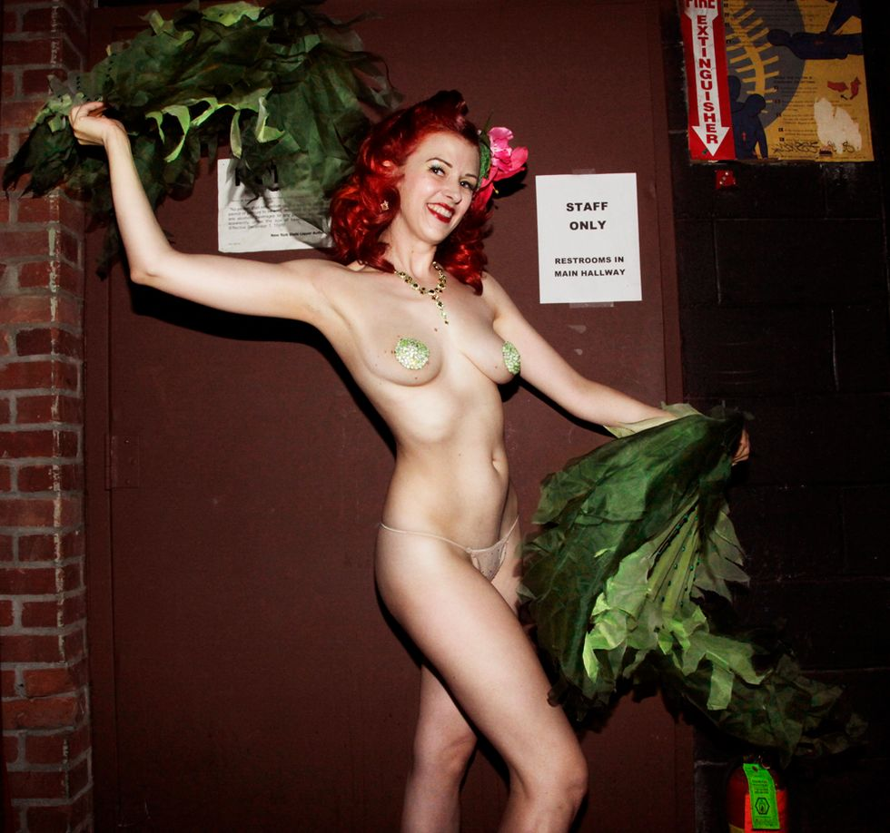 Grass Skirts and Pompadours: Scenes form the Psychobilly Luau (NSFW)