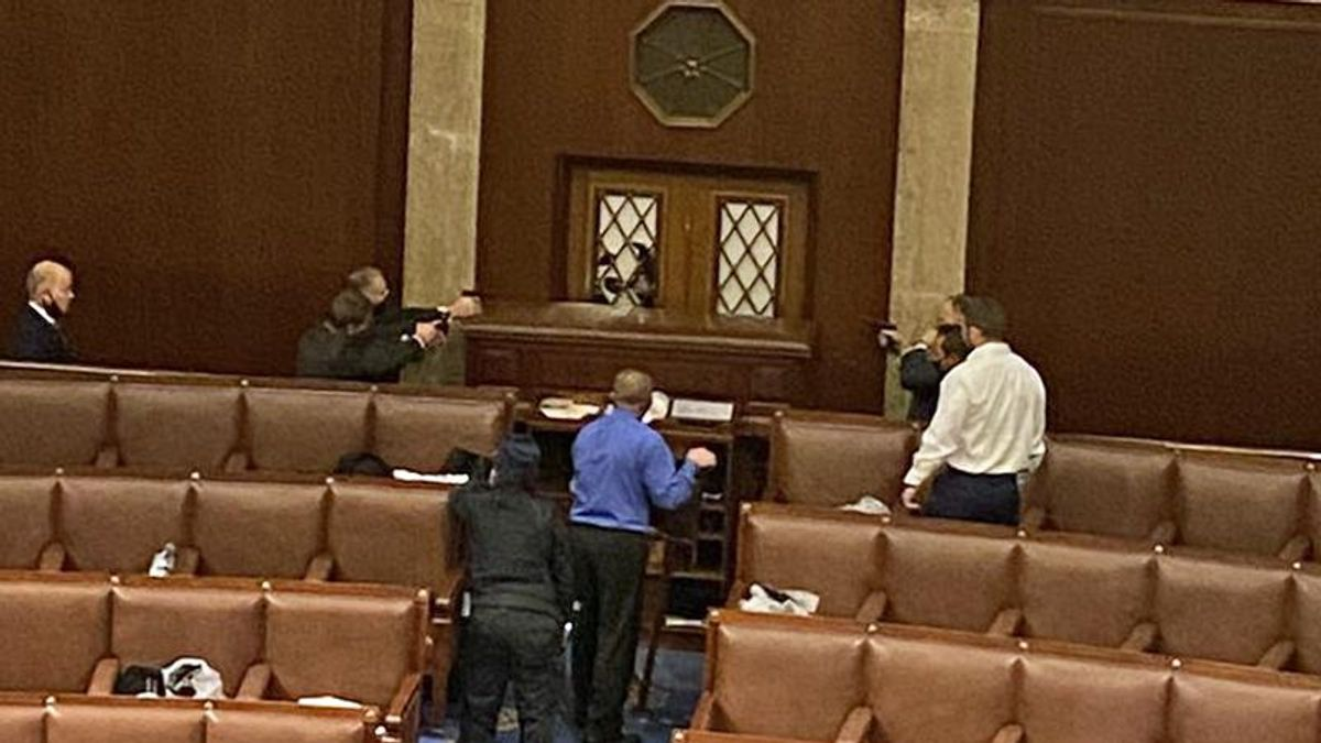 Guns drawn inside House chamber as Trump mob provokes an armed standoff: report