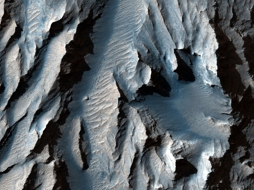 NASA images of Mars reveal largest canyon in the solar system
