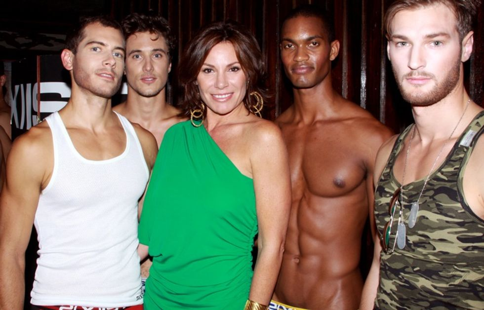 Money Can't Buy You Pants: Countess LuAnn Hosts the 2(x)ist Fashion Show