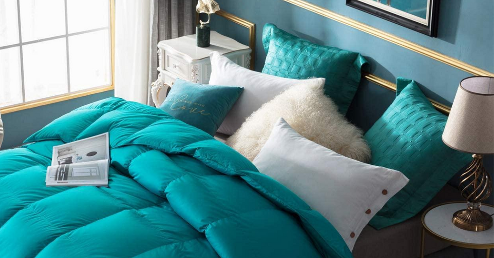The 10 Best, Most Comfortable Duvets and Down Comforters (2020)