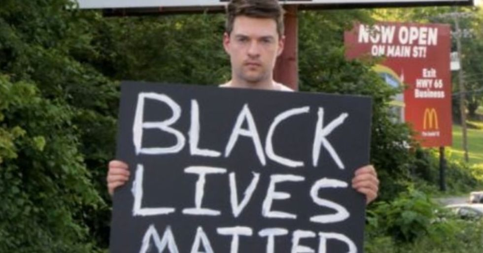 YouTuber Holds 'Black Lives Matter' Sign in America's 'Most Racist Town'