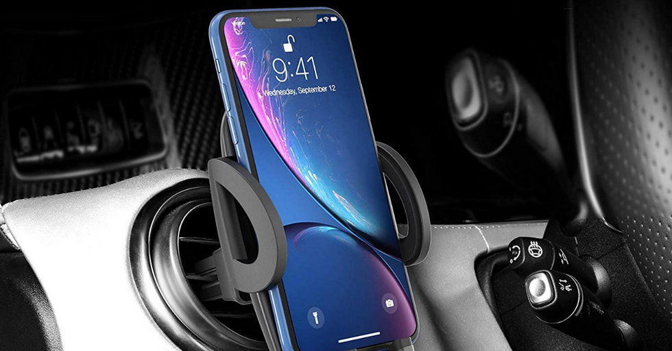 The 10 Best Phone Holders for Your Car That Won't Budge, No Matter What (2020)