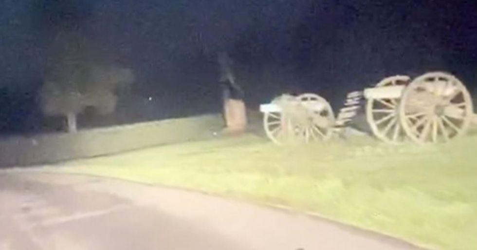Gettysburg 'Ghosts' Run Across the Road in Bone-Chilling Video