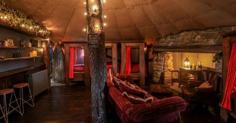 'Harry Potter' Fans Can Sleep in a Gryffindor-Inspired Cottage From $65 a Night