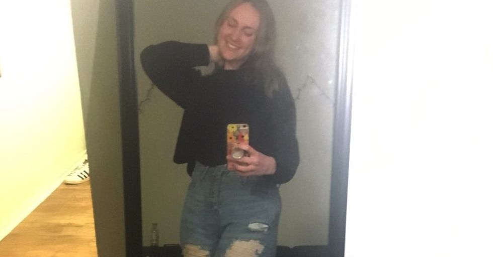 Girl Matches With La Croix Thief on Tinder and Then Unravels the Hilarious Story