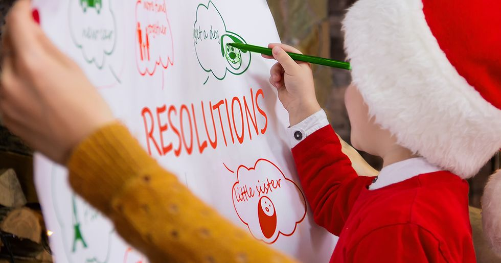 How to Help Your Kids Make Realistic New Years Resolutions — and Keep Them