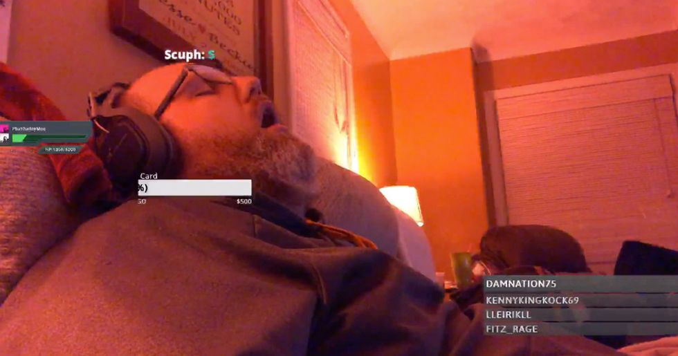 Man Falls Asleep During Stream, Wakes Up To Find 200 People Watching Him
