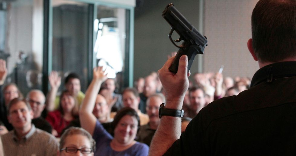 Florida Senate Passes Bill That Lets Schools Arm Teachers With Guns