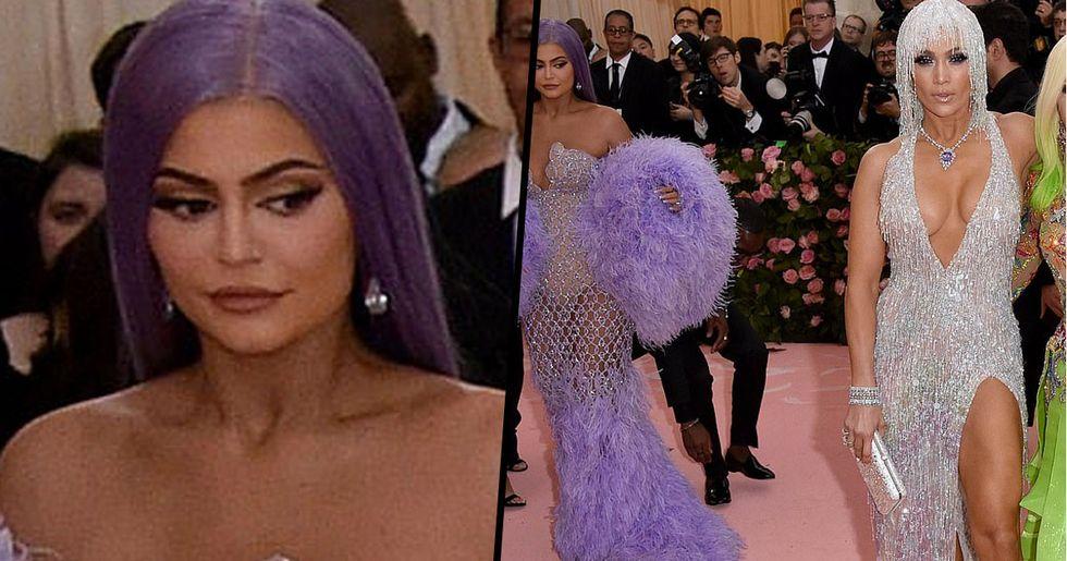 Kylie Jenner Caught Checking out Jennifer Lopez's Booty