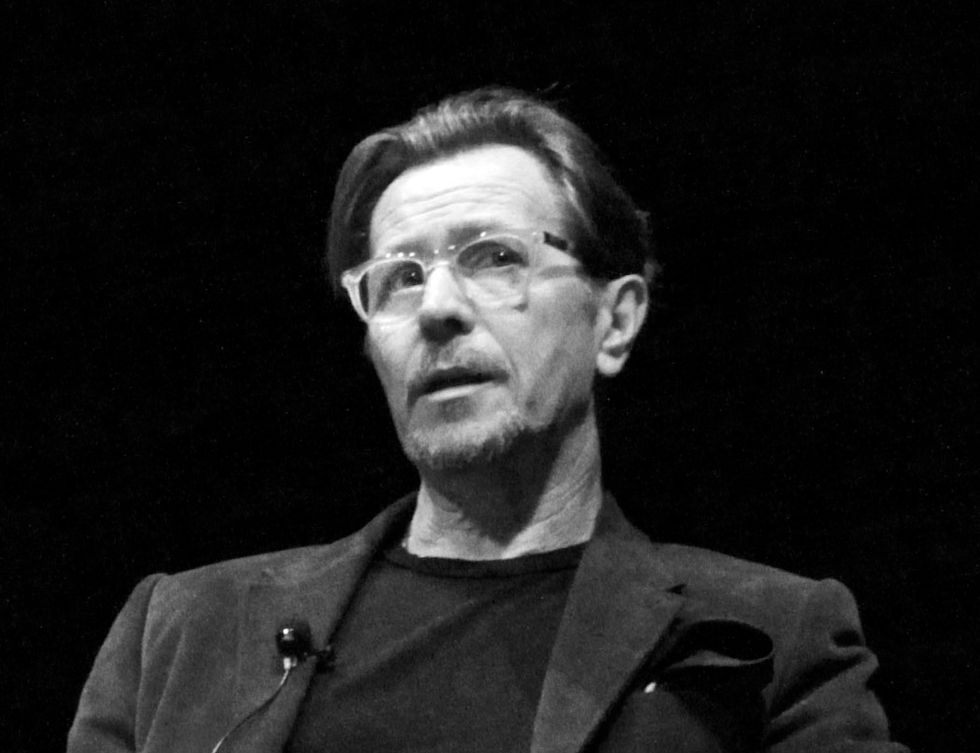 """Gary Oldman's Advice to Young Actors: """"Show Up On Time"""""""