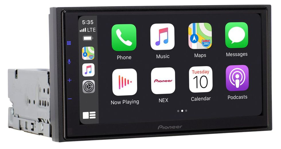 Wireless, modular CarPlay system by Pioneer