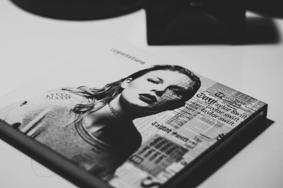 30 Taylor Swift Lyrics That Make Perfect Instagram Captions