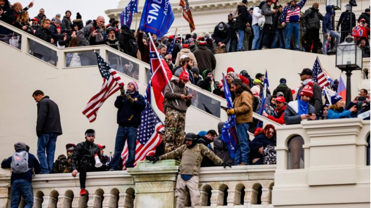 New York town official resigns after being identified in photos of MAGA riot at Capitol