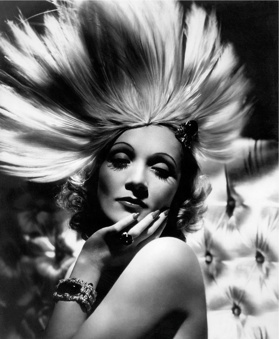Stunning Old Hollywood Portraits by Legendary Photographer George Hurrell