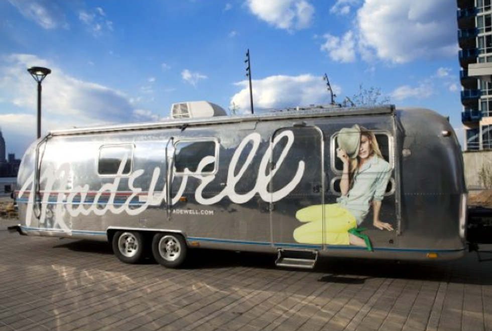 Madewell's Mobile Denim Boutique + Vogue Rumored To Be Starting Vogue Thailand in Today's Style Scraps