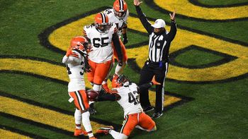 Recapping Sunday's NFL Playoff Games image