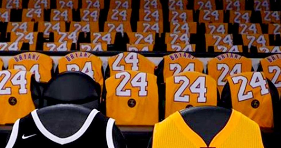 Lakers Give Away 20,000 Kobe Bryant Shirts At Staples Center