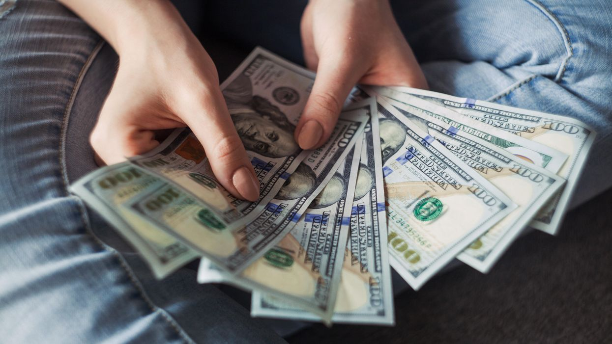 Money impacts happiness more than previously thought, study finds
