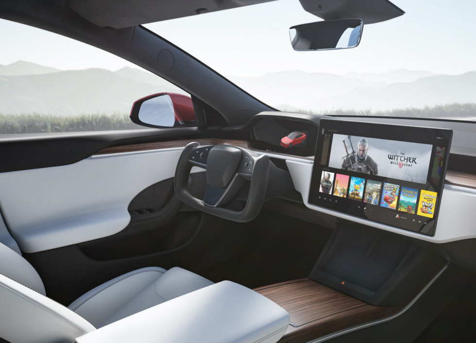 The all-new interior of the 2021 Model S