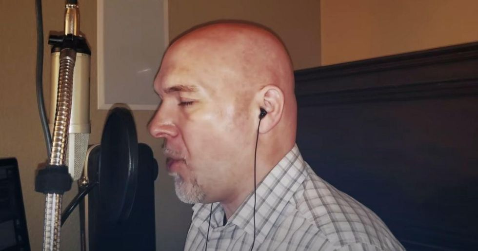 Tim Storms, the guy with the world's lowest voice, gives 'bass' a whole new meaning