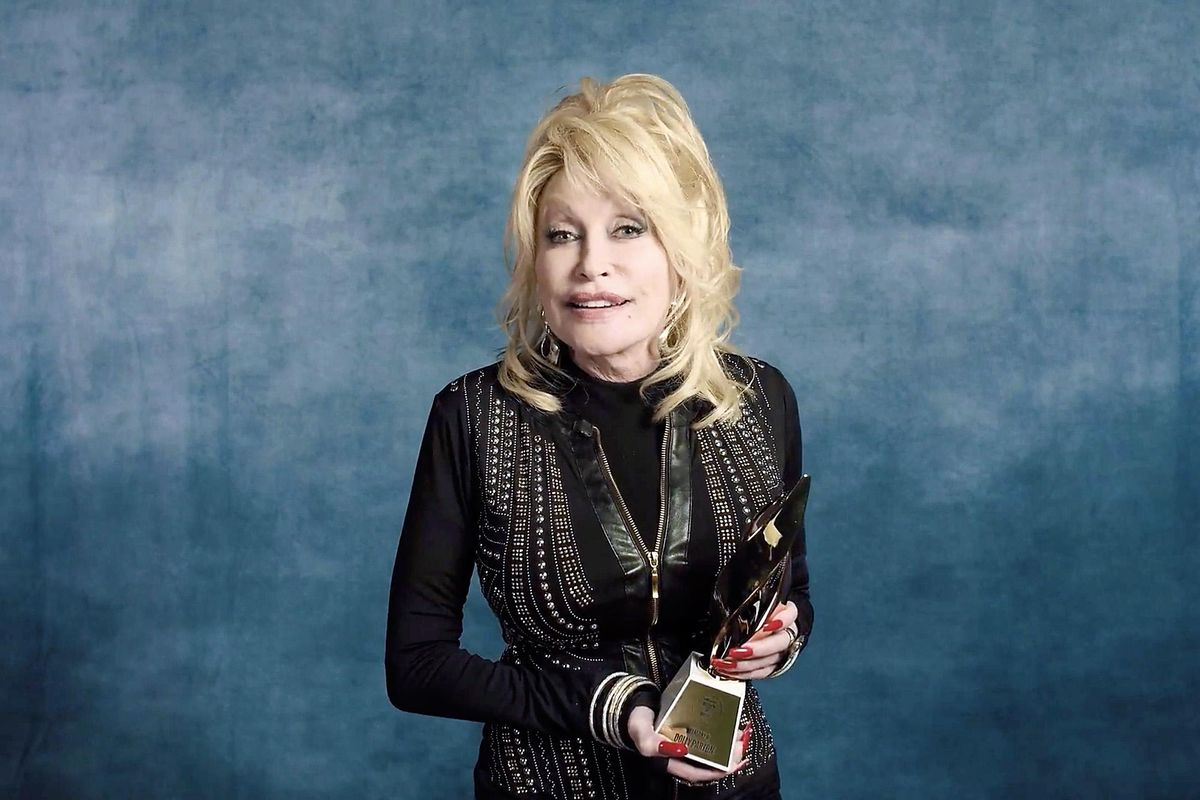 Dolly Parton Turned Down the Medal of Freedom... Twice