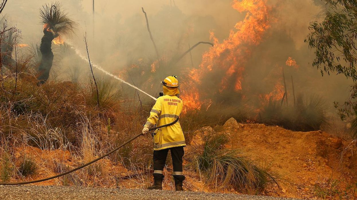 Wooroloo Fire Destroys Homes in Australia, Forces Locked-Down Residents to Evacuate