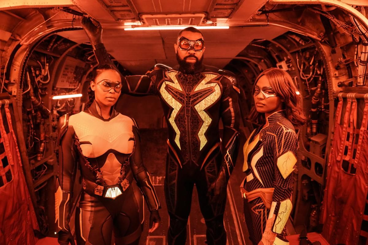\u200bBlack Lightning's Nafessa Williams, Cress Williams, and China Anne McClain