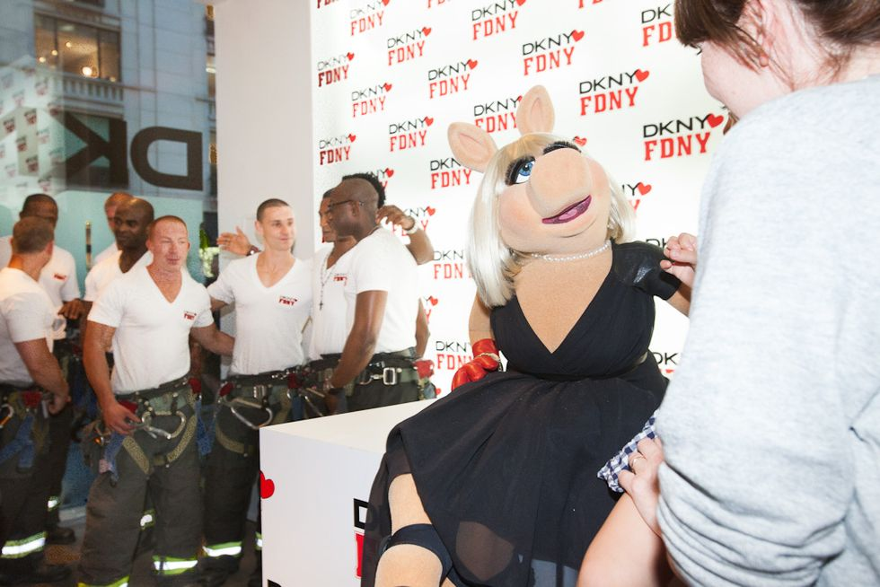 Fashion's Night Out, From Miss Piggy with the FDNY to Kate Upton Judging Karaoke