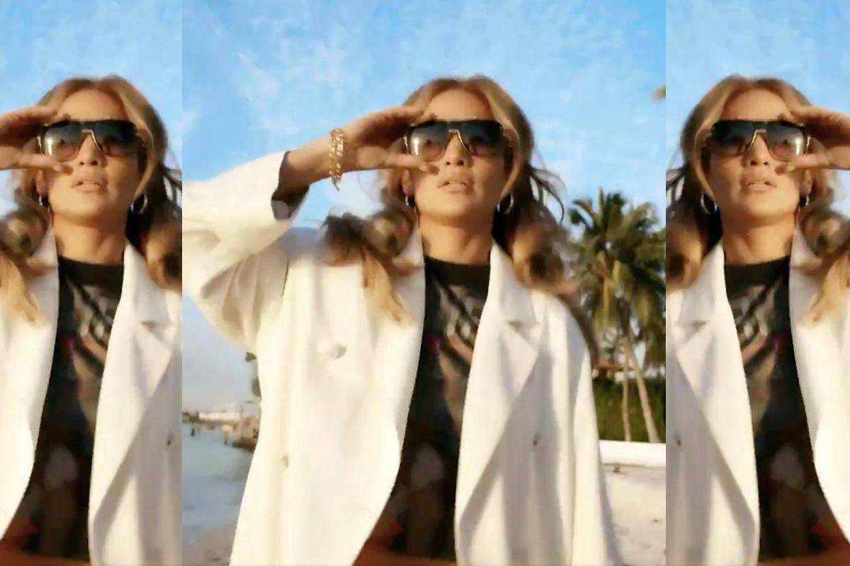 Nobody Knows How to Do J.Lo's Viral Challenge
