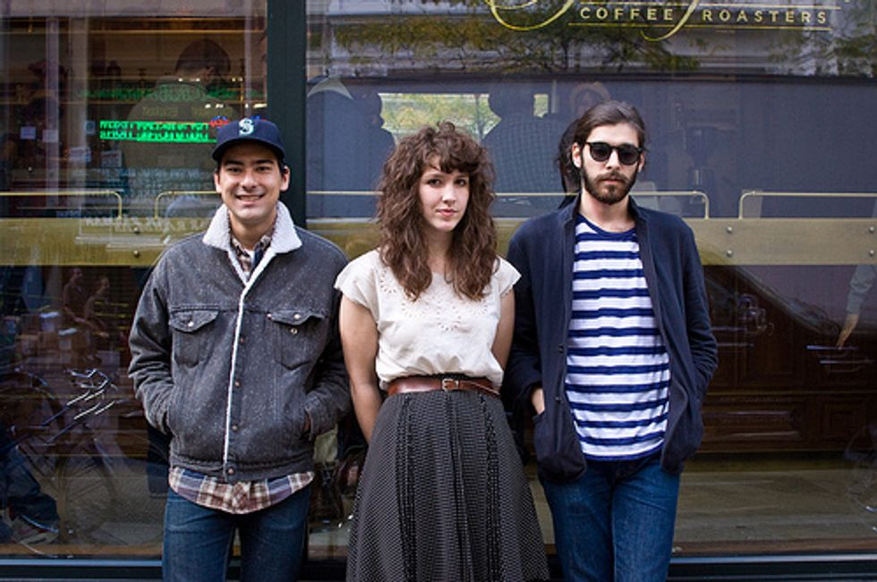 Tips for Today: Widowspeak in NYC + Christmas in L.A. + The Acro-Cats in Chicago + Dan Deacon in London