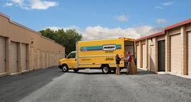 Penske Truck at a storage unit