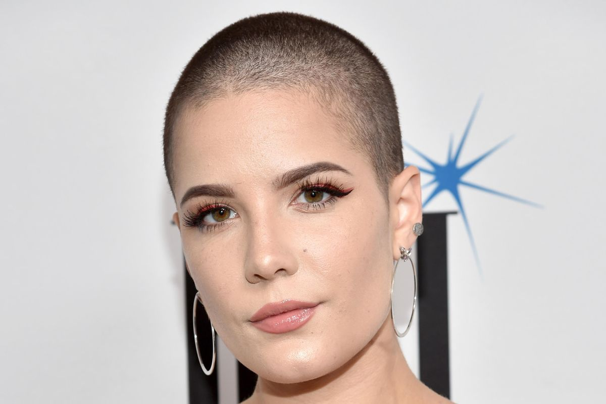 Halsey on the 'Damaging' Effect of Instagram Filters