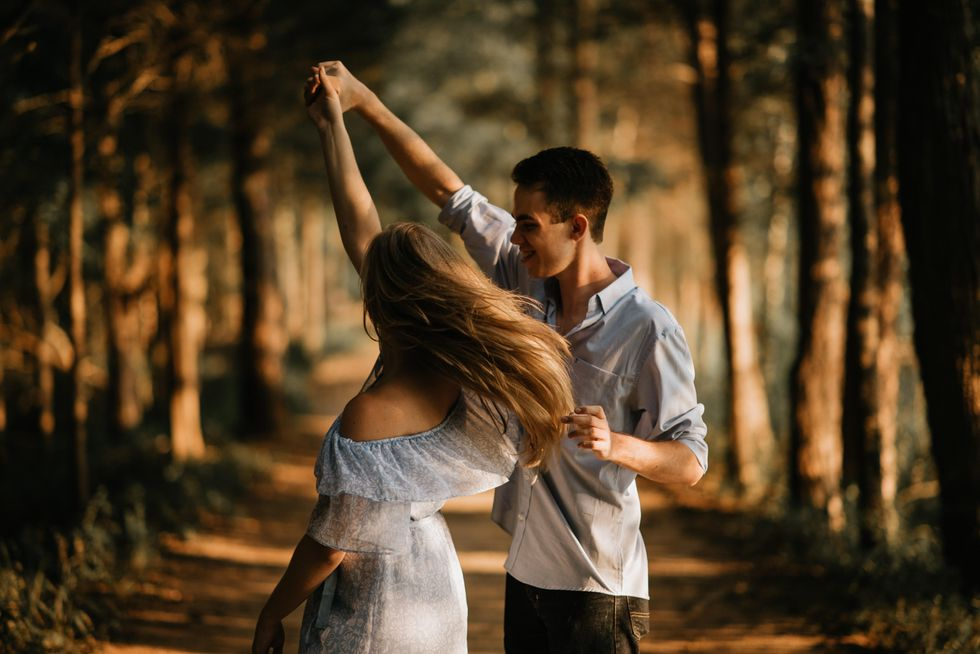 5 Love Songs That Are Perfect For A Slow Dance With Your S.O. This Valentine's Day