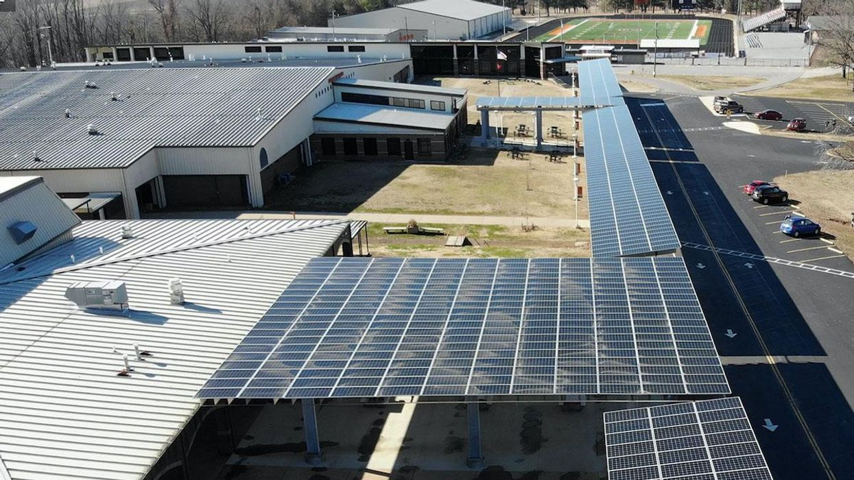 Arkansas School District Goes Solar, Boosts Teacher Pay