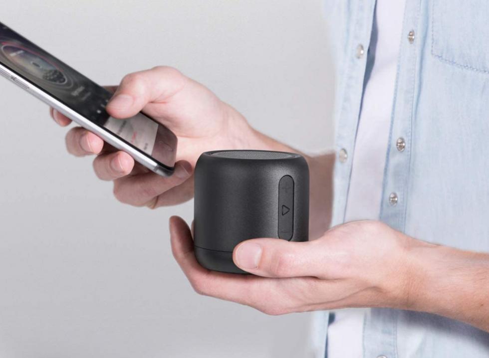 Anchor portable Bluetooth speaker
