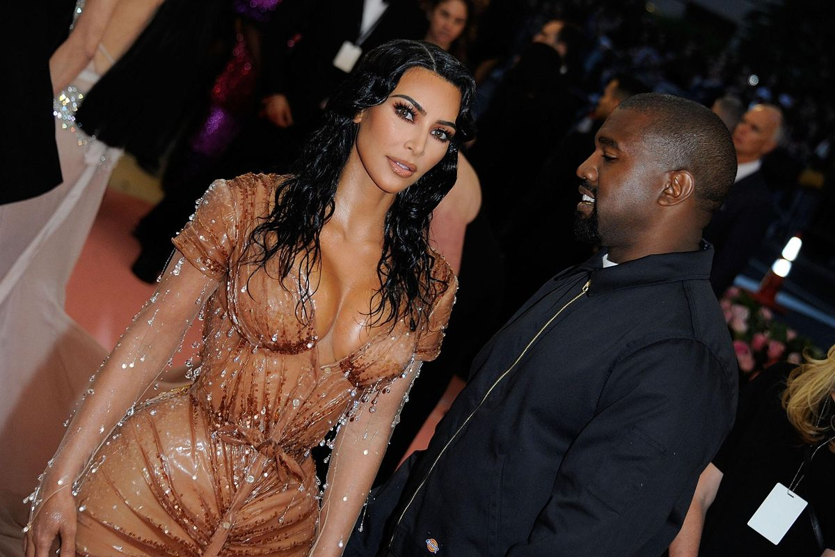 Kim Officially Files for Divorce From Kanye