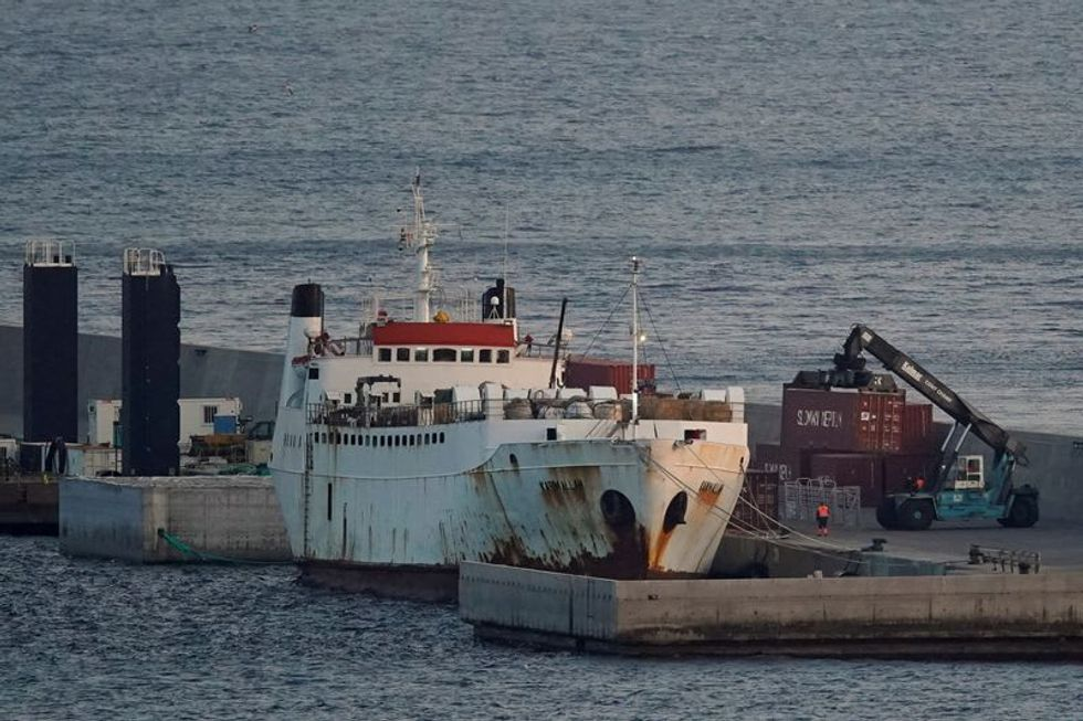 Spanish report calls for killing of more than 850 cattle on pariah ship Raw Story - World RSS Feed RAW STORY - WORLD RSS FEED : PHOTO / CONTENTS  FROM  RAWSTORY.COM #NEWS #EDUCRATSWEB