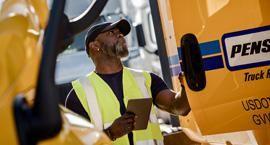 Penske truck rental employee