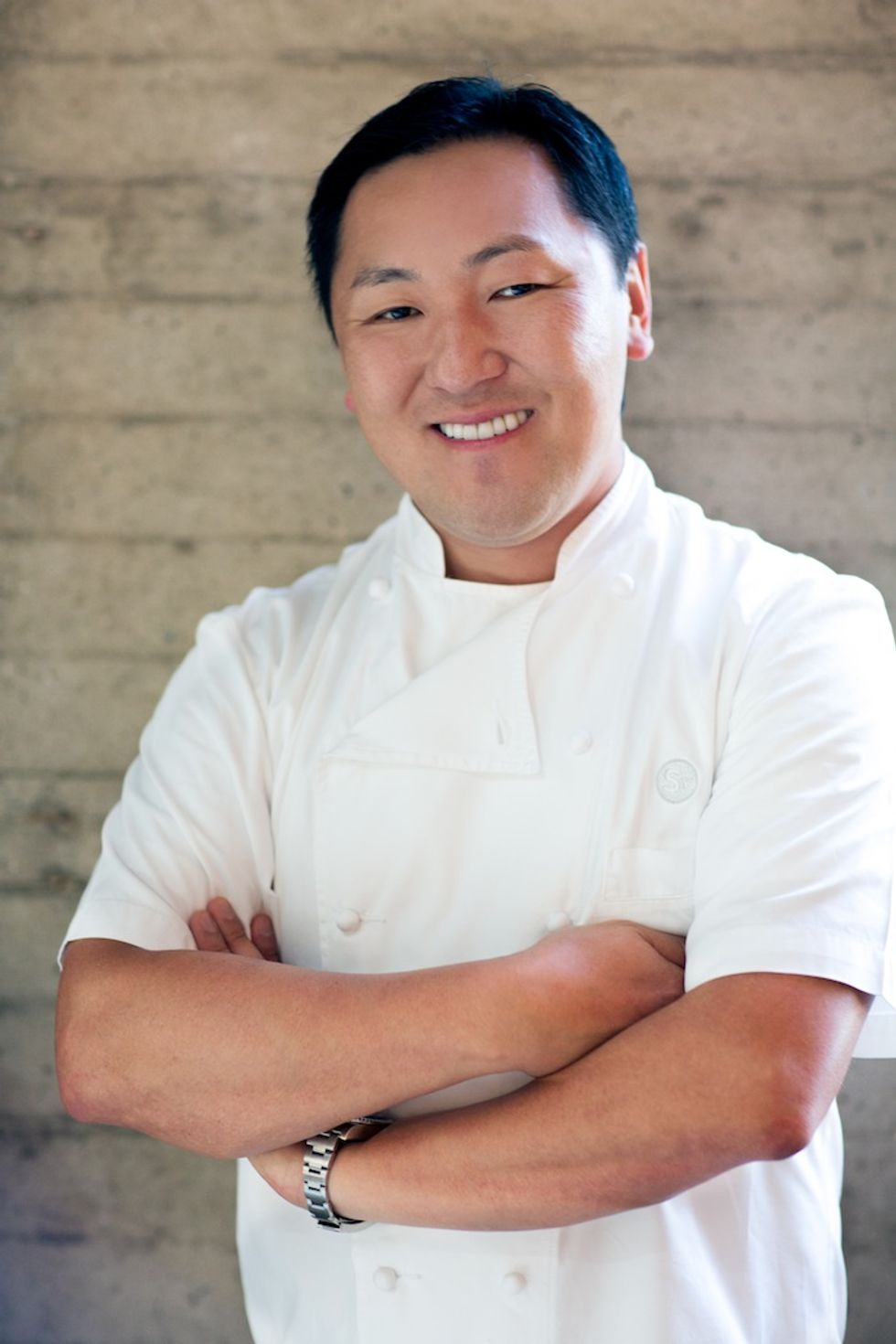 L.A. Chef Sang Yoon Goes For Pig's Blood Soup At Ruen Pair