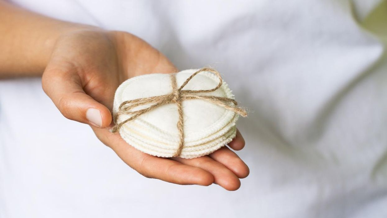 4 Eco-Friendly Reusable Cotton Rounds For Beauty Routines