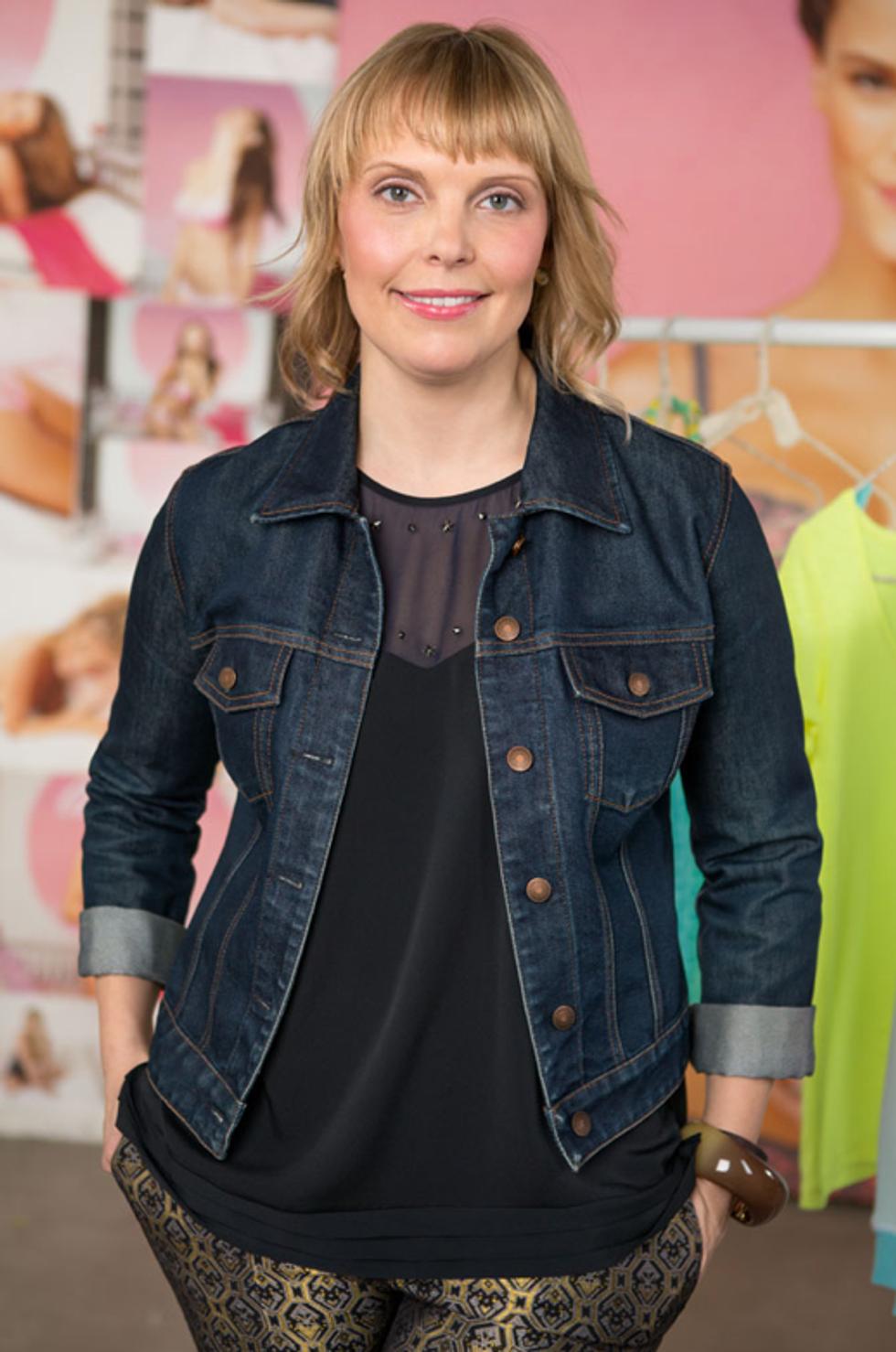 Girls Costume Designer Jenn Rogien On Plastic Dresses, Beet Stains and What We Can Expect In Season 3